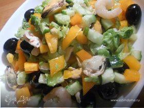 """Салат """"Овощи & морепродукты"""""""