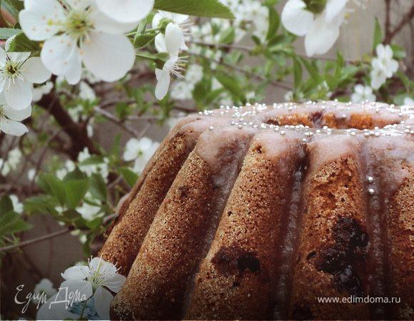 Пряный кекс с вишнями
