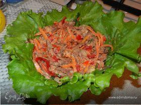 Мясной салат с сырной заправкой
