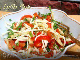 Салат с овощами-гриль и сыром чечил
