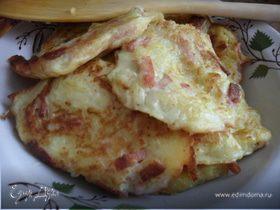 Оладушки из кабачков с колбаской