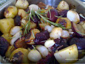 Утка, запеченная со сливами и овощами