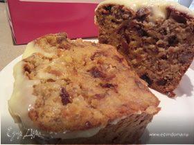 Банановый пирог-хлеб с финиками и пеканом