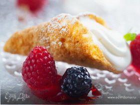 Вафельные рожки из овсяных хлопьев Nordic, йогуртового мусса и ягод