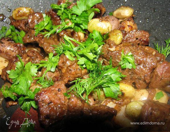 Ароматная говядина с фасолью