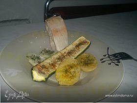 Печеные овощи и отварная золотая форель.
