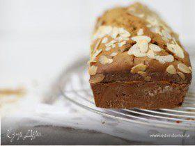 Карамельный кекс с миндалем