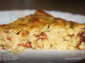 Творожный пирог с базиликом, сушеными перцами и томатами