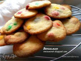 Печенье с шоколадным драже от Рейчел Аллен