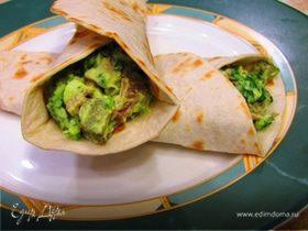 Тортильи с мясом и гуакамоле