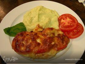 Гарнир: нежное кабачково-сельдерейное пюре с авокадо и козьим сыром