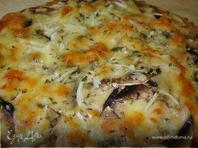 Пицца с куриной грудкой и шампиньонами