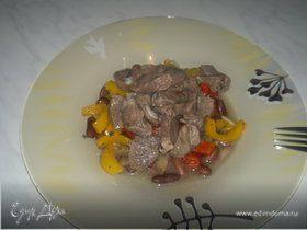 Похлебка из фасоли со сладкими перцами и бараниной в уцхо сунели.
