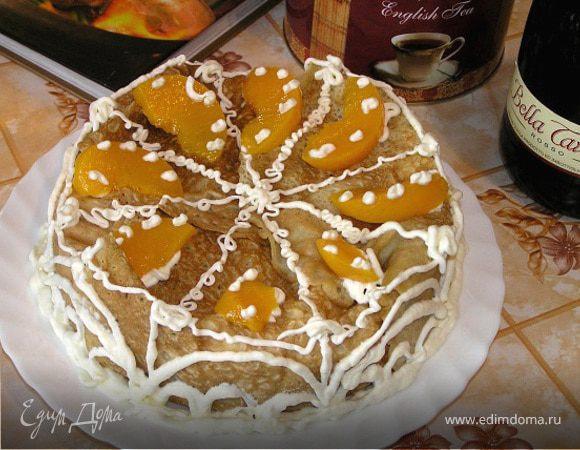Блинный торт с творожным кремом и персиками