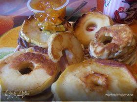 Яблочные и грушевые кружочки на завтрак
