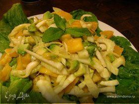 Весенний салат с авокадо, манго, фенхелем и апельсином
