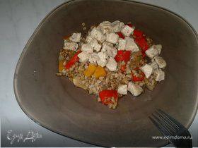 Гречневая каша с ассорти из овощей и грудка индейки