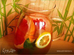 Цитрусовый лимонад на основе зеленого чая
