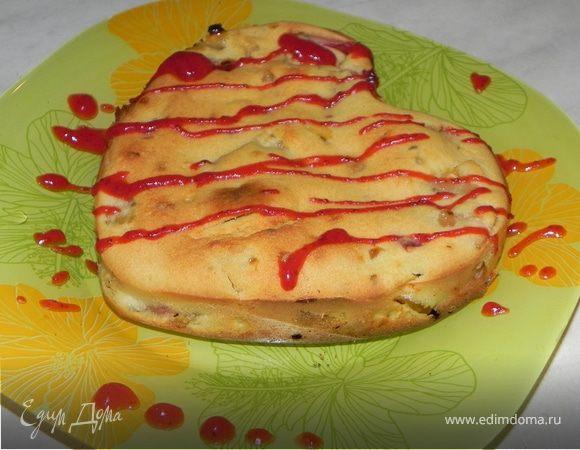 Персиковый пирог с клубничным кули