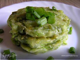 Кабачковые оладьи с зеленым луком