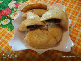Пирожки с начинкой из куриных сердечек