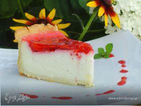 Клубничный торт со сметанным суфле