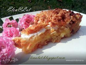 Яблочный пирог с лимоном и безе