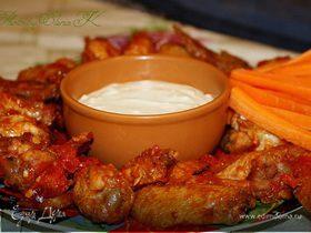 Крылышки Баффало с соусом из голубого сыра
