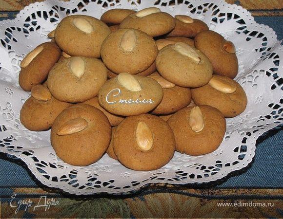 Миндальное печенье с корицей и имбирем