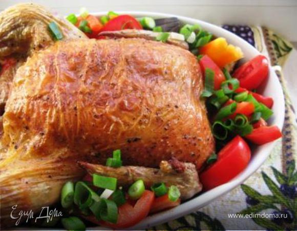 Курица с хлебным гарниром и овощами