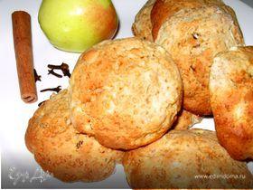 Печенье с яблоками и изюмом