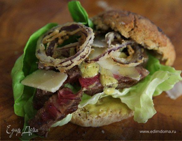 Стейк-сэндвич