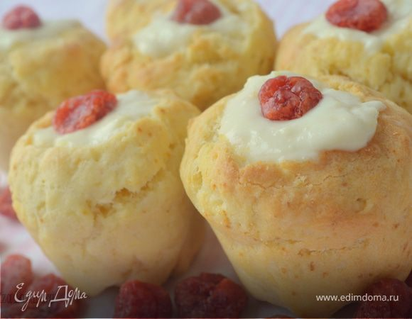 Быстрые булочки с ванильно-лимонным кремом на завтрак
