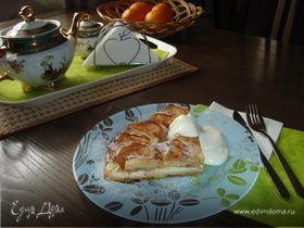 Классическая шарлотка с яблоками и творогом