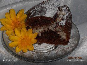 Шоколадный торт с кокосовым сердцем