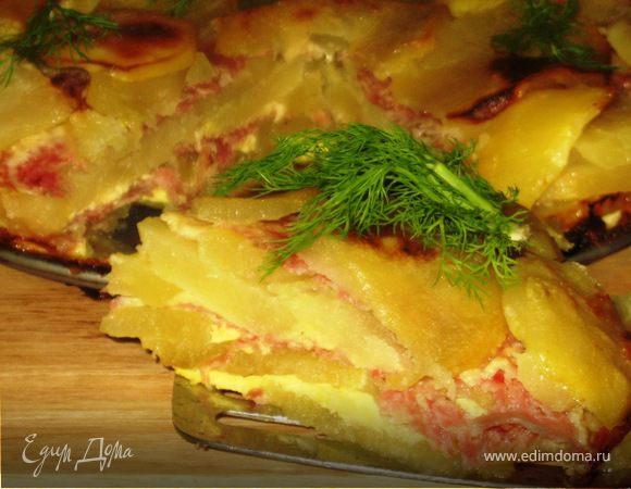 Слоеный картофельный тортик с салями