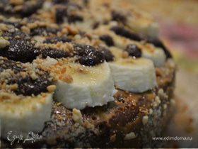 Шоколадный торт с бананами и сгущенкой