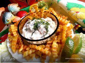 Сельдь в белой шубке + фри картофель