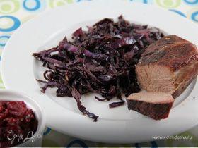 Красная капуста, томленная с красным вином и пряностями + свекольное чатни (гарнир к мясу или птице)