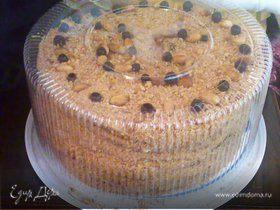 """Торт """"Медовик"""" с черносливом и грецкими орехами"""