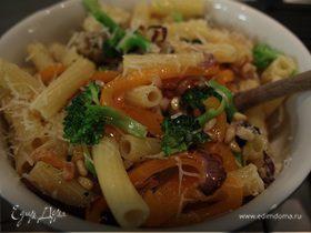 Салат из макарон с артишоками и брокколи