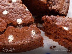 Постный шоколадный пирог с овощами