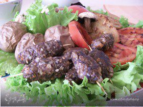 Мини-кебабы из шампиньонов с овощами