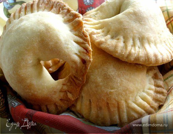 Легкие пирожки с курицей и сыром
