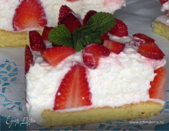 Клубничный торт с йогуртовым муссом
