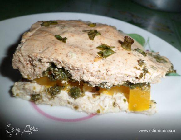 Пирог без муки с курицей, шпинатом и болгарским перцем