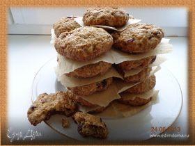 Овсяное печенье с клюквой и орехами