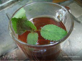 Освежающий чай с мелиссой