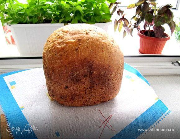 Хлеб швейцарский из цельнозерновой муки с зеленым сыром