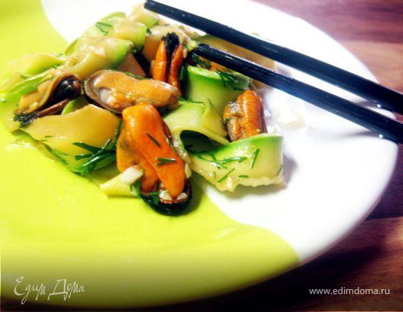 """Кабачковый салат с мидиями (""""Неделя японской кухни"""")"""